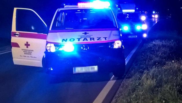 Rauferei auf Fahrbahn endet für Mann (24) tödlich (Bild: FF Lassing (Symbolbild))