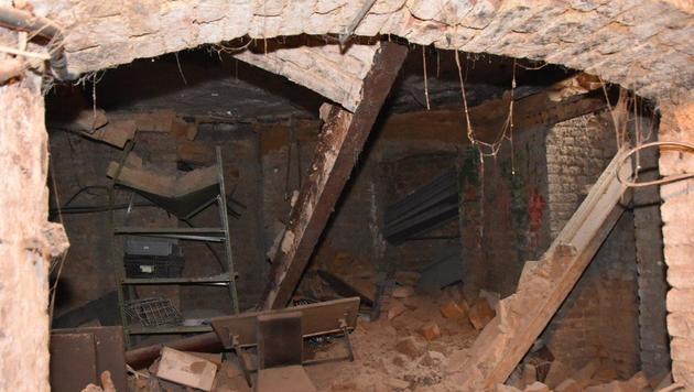 Bodensenkung in Pizzeria: Haus wieder freigegeben (Bild: APA/MA 68 LICHTBILDSTELLE)