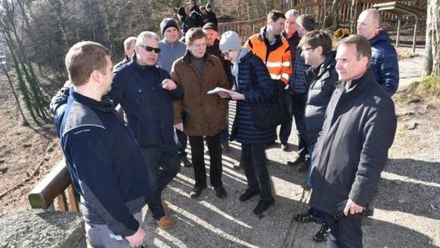 Expertenrunde am Montag am Berg (Bild: Info-Z/Killer)
