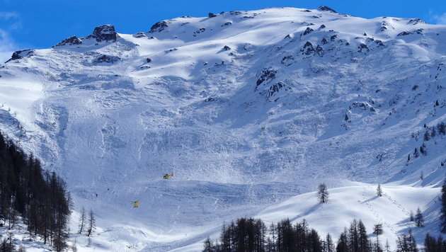 Lawine mit 4 Toten: Ermittlungen gegen Bergführer (Bild: zeitungsfoto.at)