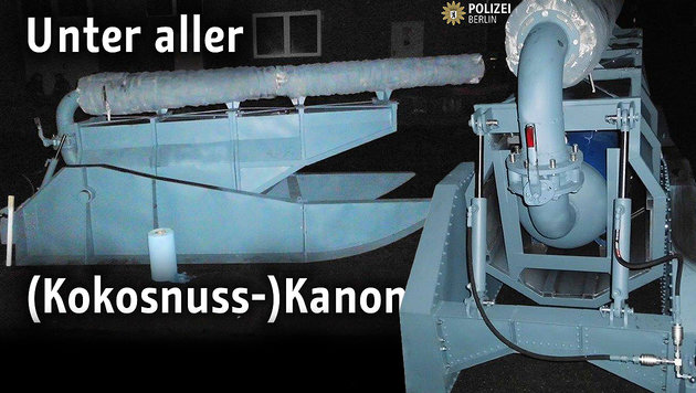 Berliner Polizei stellt Kokosnuss-Kanone sicher (Bild: facebook.com)