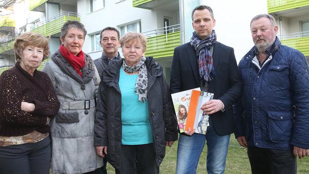 Vergeblich warten Bewohner einer Wohnhausanlage in Wien-Liesing auf eine Heizkosten-Korrektur. (Bild: Peter Tomschi)