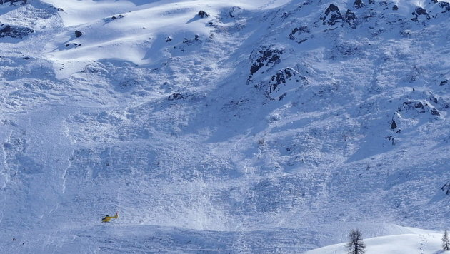 Monsterlawine reißt vier Alpinisten in den Tod (Bild: zeitungsfoto.at)