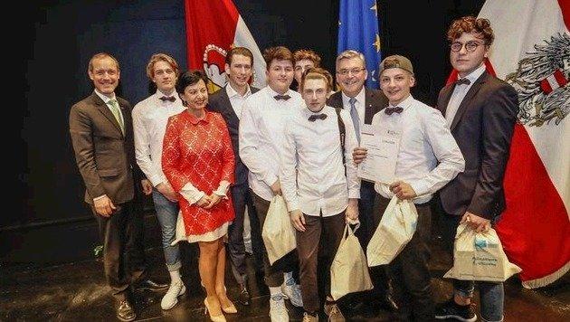 Platz 3 ging an die 2AHMNM-Klasse aus der HTL Salzburg. (Bild: Markus Tschepp)
