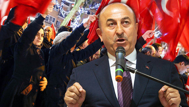 "Türken drohen mit ""Religionskriegen"" in Europa (Bild: AFP/STEFFI LOOS, AFP/BAS CZERWINSKI)"