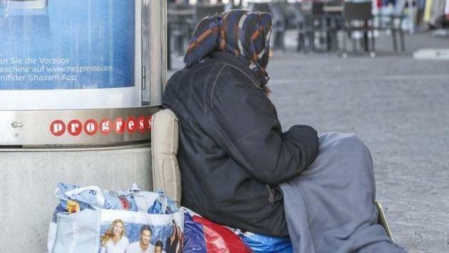 Darf es so etwas im reichen Europa geben? Bürger aus dem EU-Land Rumänien betteln in Österreich! (Bild: Markus Tschepp)