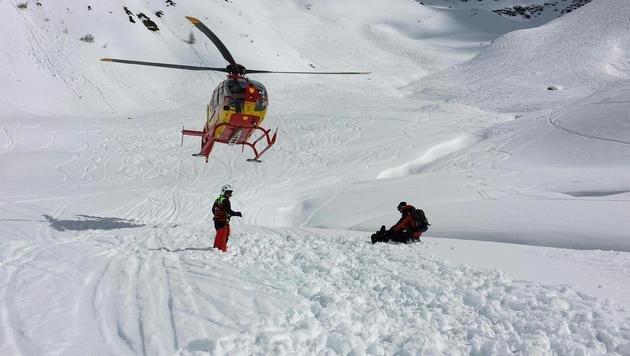 Erneuter Lawinenabgang in Tirol: Zwei Tote (Bild: APA/BERGRETTUNG ST. ANTON/EMANUEL FALCH)