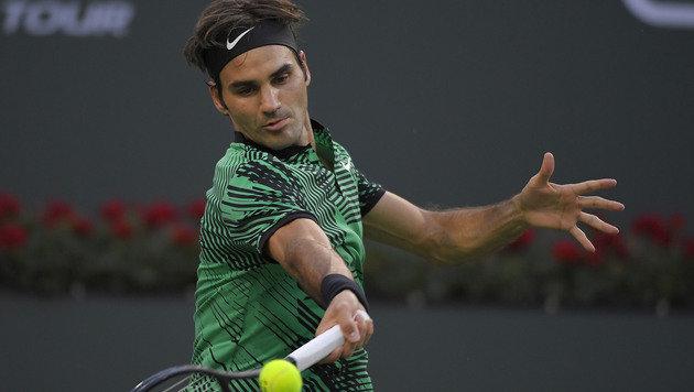 Kyrgios gibt auf - Federer kampflos im Halbfinale (Bild: AP)