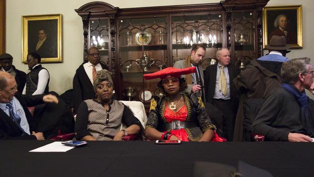 Mitglieder der namibischen Delegation (Bild: AFP)