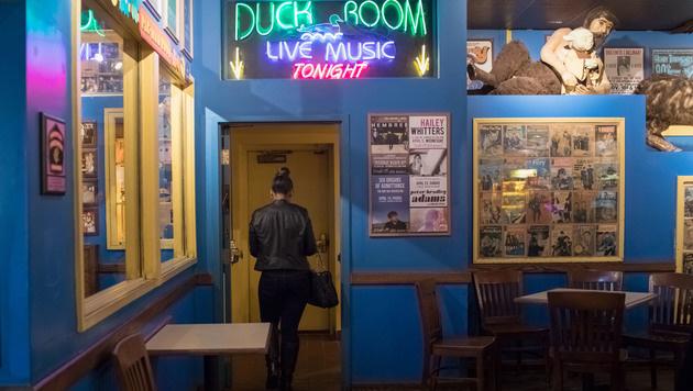 """Der """"Duck Room"""" in Blueberry Hill (Missouri), wo Chuck Berry oft spielte. (Bild: AP)"""