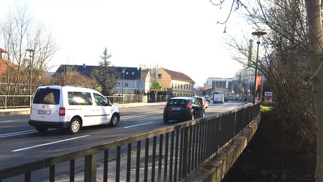 Pischeldorfer Straße wird wochenlang gesperrt (Bild: Christian Rosenzopf)
