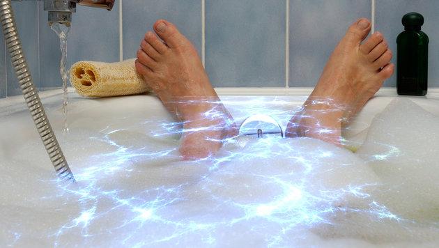 Brite starb beim iPhone-Aufladen in der Badewanne (Bild: thinkstockphotos.de)