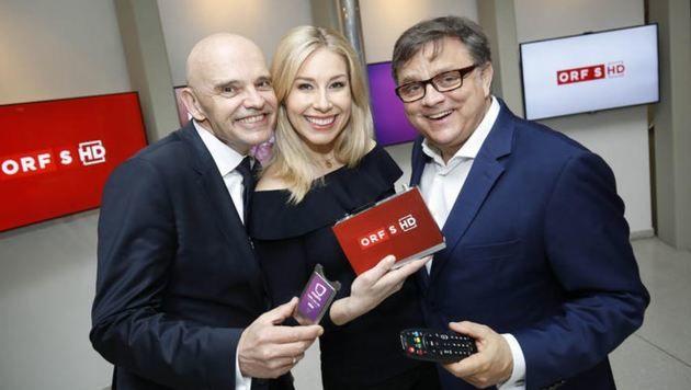 ORF-Direktor Christoph Takacs, Moderatorin Nina Kraft und TV-Experte Michael Weber. (Bild: Markus Tschepp)