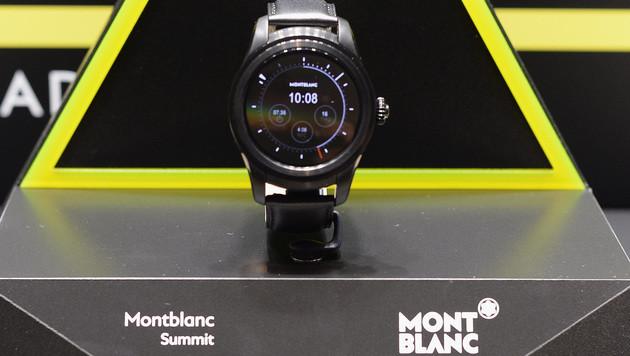 """Die erste Montblanc-Smartwatch """"Summit"""" (Bild: AFP)"""