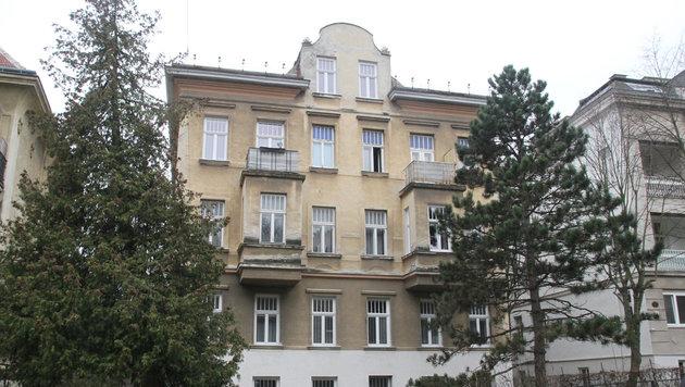 In diesem Haus in Wien-Penzing kam es zu der Bluttat. (Bild: Andi Schiel)