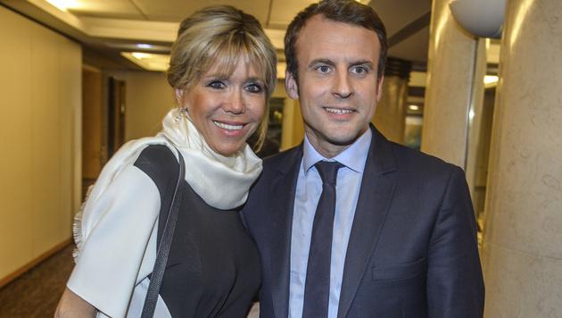 Die ungewöhnliche Liebe des Emmanuel Macron (Bild: AP)
