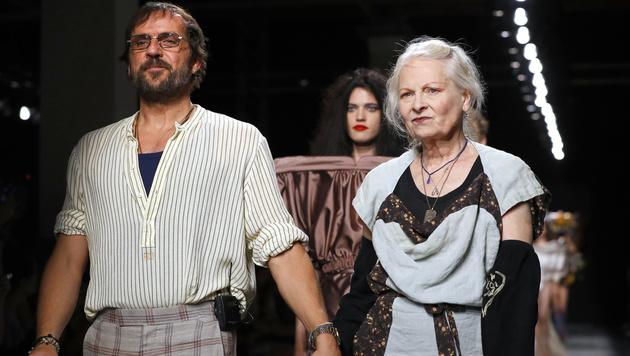 Vivienne Westwood ist mit dem um 25 Jahre jüngeren Andreas Kronthaler liiert. (Bild: AFP)