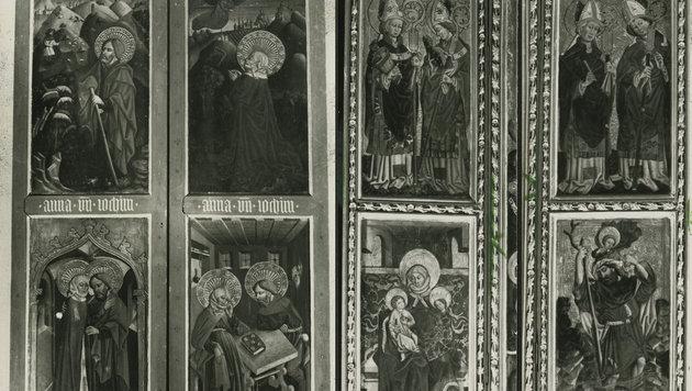 Die Reliefbilder des Flügelaltars waren vor 30 Jahren aus der Hallstätter Kirche gestohlen worden (Bild: Krone-Archiv)