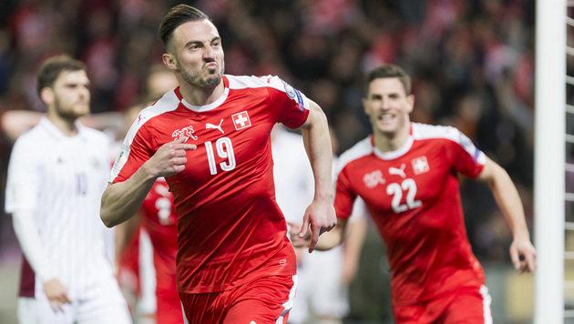 Schweizer weiter makellos, Pleite für Niederlande (Bild: KEYSTONE/JEAN-CHRISTOPHE BOTT)