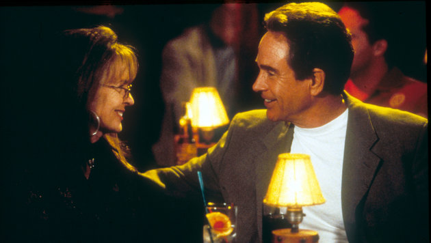 "Warren Beatty und Diane Keaton in ""Town and Country"" (Bild: Moviestore Collection, face to face)"