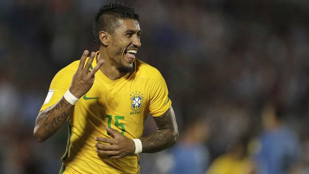 Da freut sich Brasilien-Ass Paulinho! (Bild: Associated Press)