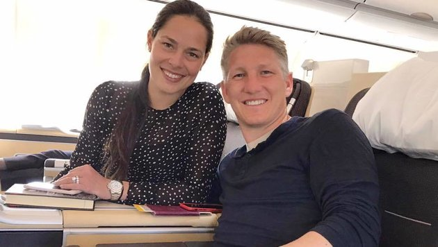 Bastian Schweinsteiger reist mit seiner Freundin Ana Ivanovic zu seinem neuen Klub Chicago Fire. (Bild: facebook.com)
