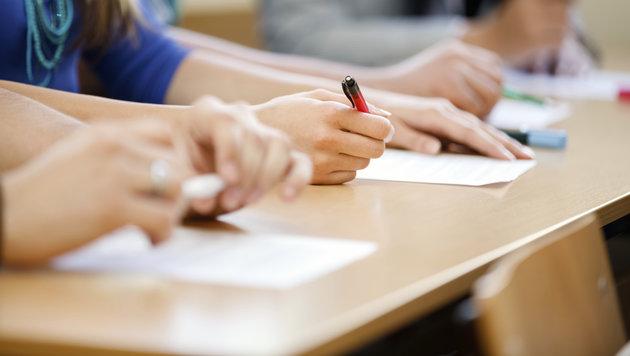 Jeder sechste Jugendliche hat Leseprobleme (Bild: thinkstockphotos.de)