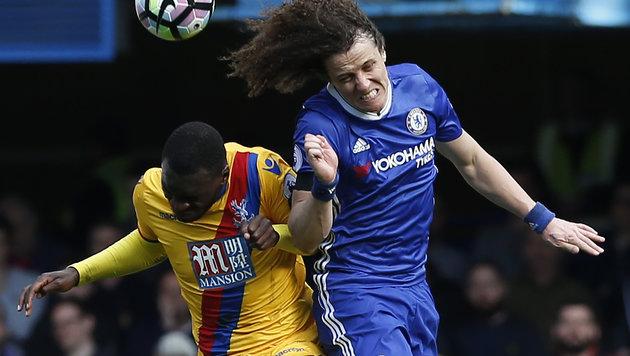 Leader Chelsea blamiert sich gegen Crystal Palace (Bild: AFP)