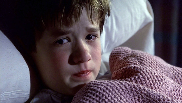 """Haley Joel Osment in """"The Sixth Sense"""" (Bild: Moviestore Collection, face to face)"""