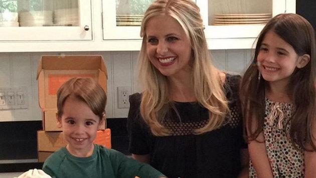 Sarah Michelle Gellar und ihre Kinder (Bild: face to face)