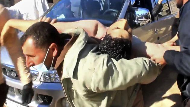 Rund 90 Menschen starben beim Giftgasangriff in Khan Sheikhoun. (Bild: AP)