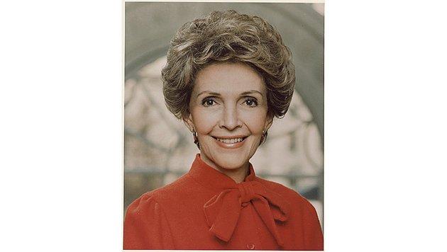Offizielles Porträt des Weißen Hauses der ehemaligen First Lady Nancy Reagan. (Bild: Viennareport)