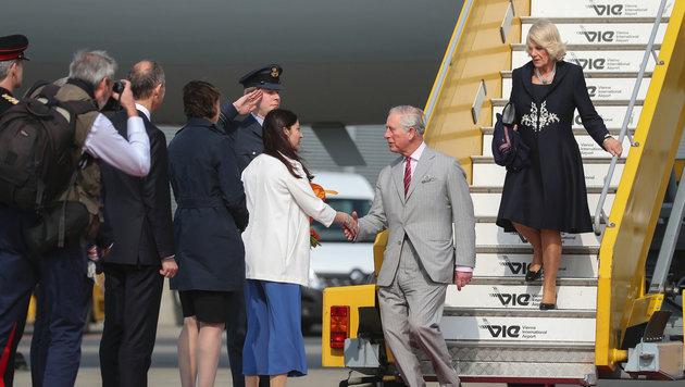 Charles und Camilla sind in Wien gelandet. (Bild: APA, BKA, HANS HOFER)