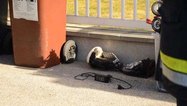 Hoverboard nach Brand des Akkus (Bild: Kronen Zeitung)