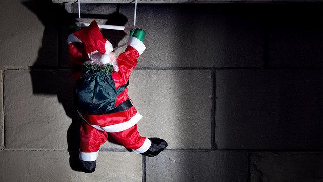 """""""Weihnachtsmann"""" trat Fassade von Nachbar kaputt (Bild: thinkstockphotos.de)"""