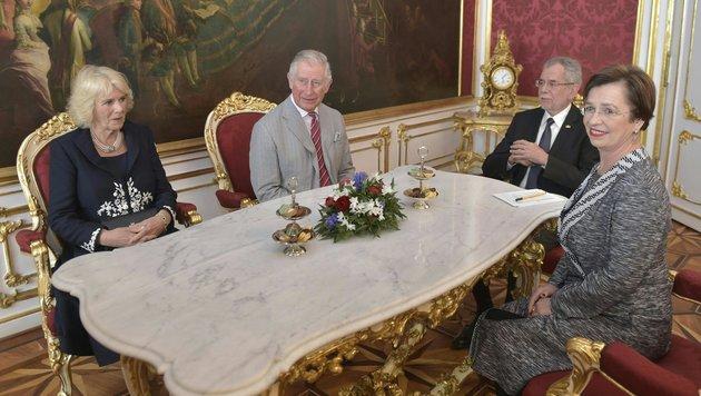 Charles und Camilla in der Hofburg (Bild: APA, HANS PUNZ)