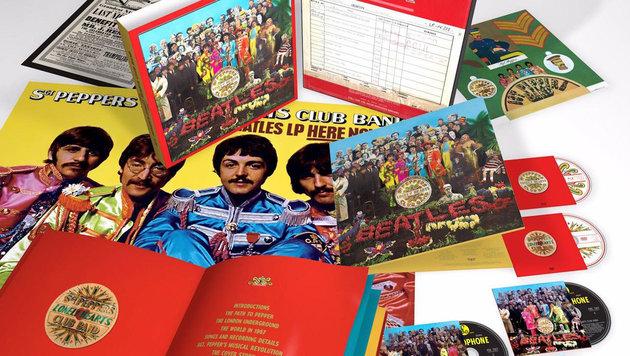 "Die ""Anniversary Super Deluxe Edition"" des ""Sgt. Pepper""-Albums (Bild: Universal Music/Apple Corps Ltd.)"
