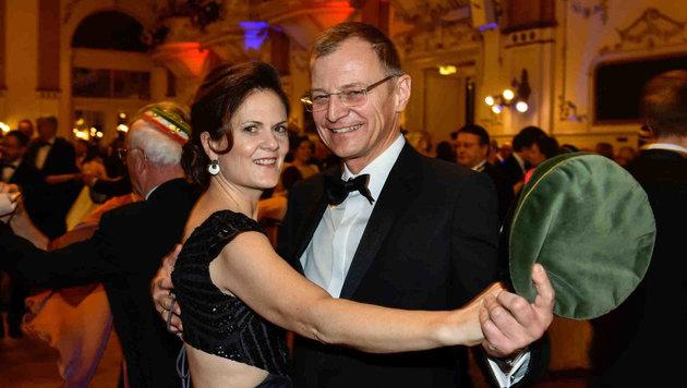 Gemeinsame Aufritte gehören dazu: Bettina Stelzer-Wögerer mit ihrem Ehemann und LH Thomas Stelzer. (Bild: Markus Wenzel)