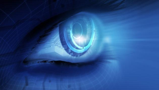 Roboter liest all Ihre privaten Facebook-Chats mit (Bild: thinkstockphotos.de)