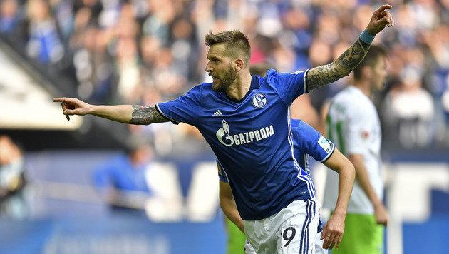 Burgstaller-Doppelpack bei Schalkes 4:1-Sieg (Bild: AP)