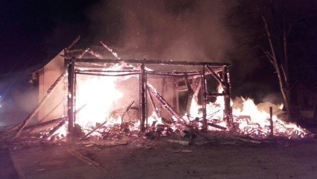 NÖ: Feuerteufel steckt Bäckerei in Brand (Bild: Feuerwehr Mariazell)