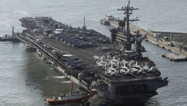 "Die ""USS Carl Vinson"", die in den Westpazifik beordert wurde (Bild: Associated Press)"