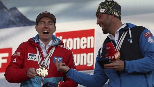 Hatten ihren Spaß auf der Bühne: die Pongauer Doppel-Weltmeister Stefan Kraft & Andreas Prommegger. (Bild: Andreas Tröster)