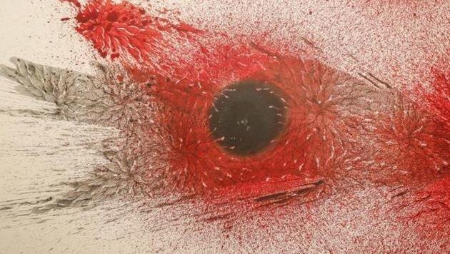 â01EGoing Deepâ01C, 2017: Die rote Farbe erinnert an offene Wunden. (Bild: Markus Tschepp)