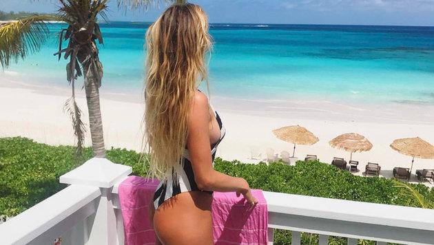 Surfstar Alana Blanchard genießt ihren Urlaub auf den Bahamas. (Bild: instagram.com)