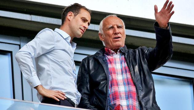 "Mintzlaff (links) mit ""Mister Red Bull"" Didi Mateschitz (Bild: APA/dpa-Zentralbild/Jan Woitas)"