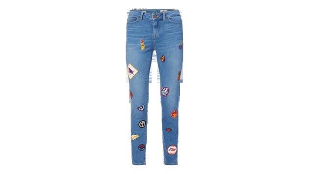 Jeans mit Patches (Bild: Peek & Cloppenburg)