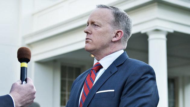 Sean Spicer, der Pressesprecher des Weißen Hauses, hüllt sich in Schweigen. (Bild: AFP/Brendan Smialowski)