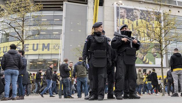 Sieg gegen den Terror! So lief das Hochrisikospiel (Bild: AP)
