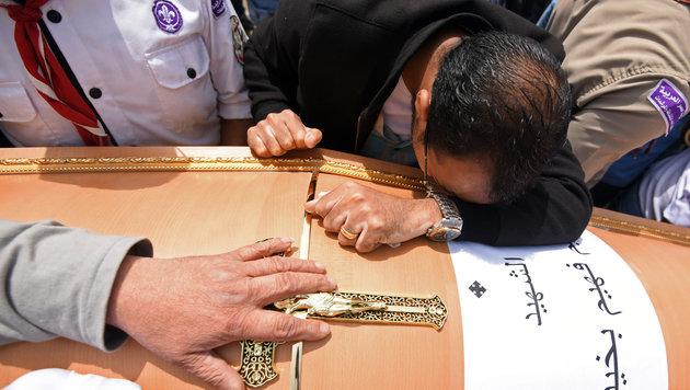 Trauer und Fassungslosigkeit in der koptischen Gemeinde Ägyptens (Bild: AFP)